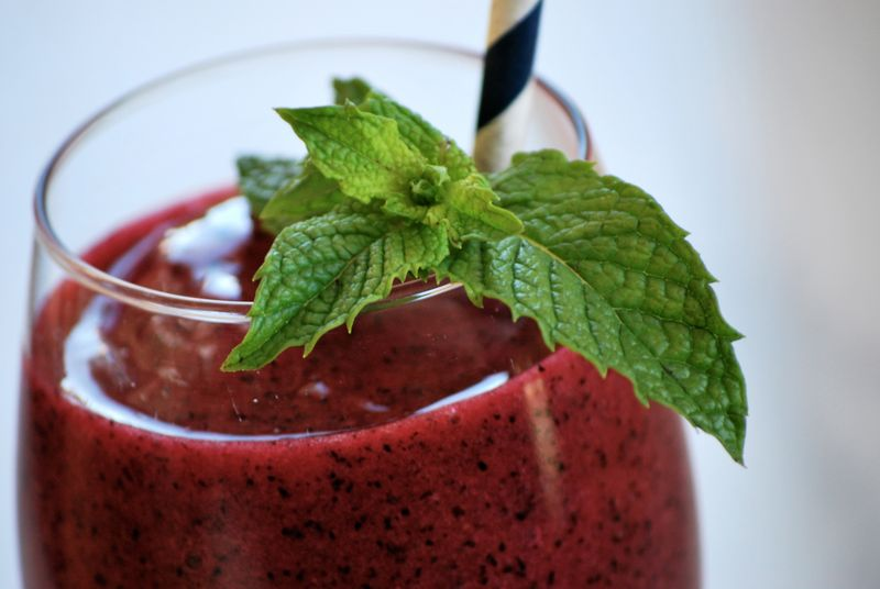 Blueberry Mint Green Smoothie Ayurveda Recipe