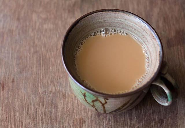 Almond Milk Chai with Mint & Fennel