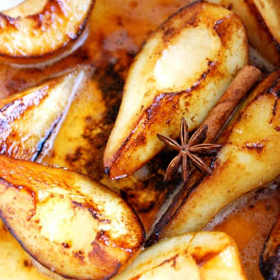 http://www.joyfulbelly.com/Ayurveda/images/content/6995-Roasted-Pears-Raisins.jpeg